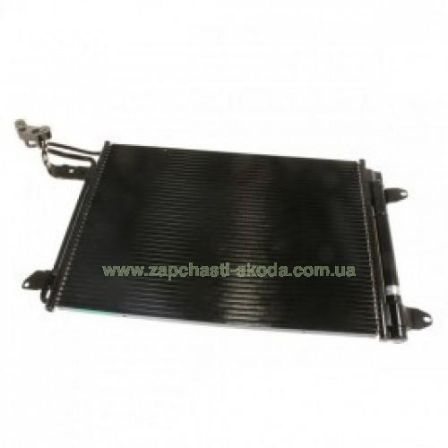 Радиатор кондиционера Шкода 1K0820411Q